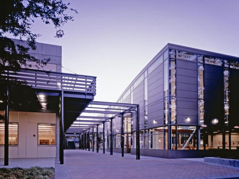 DeAnza College Science Building