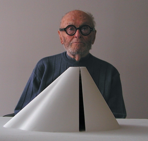 Philip Johnson at age 95 in his office, Seagram Building, Manhattan with his model of a sculpture. Photo credit: B. Pietro Filardo via Wikimedia Commons license
